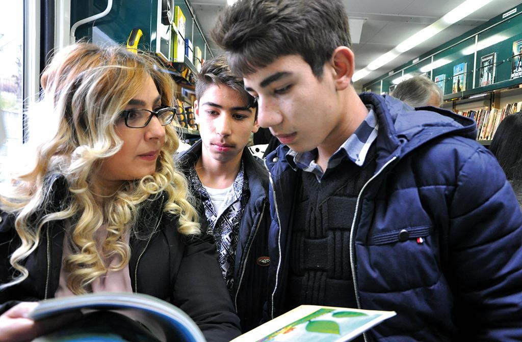 De vill bryta gränser genom läsning