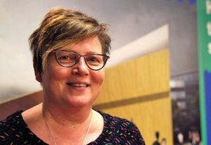 Nya förhållanden Katri Vänttinen hoppas att det är många som kommer att söka jobben på nya centrumbiblioteket. – Nya centrumbiblioteket kommer att bli en livlig mötesplats med traditionella och moderna biblioteksaktiviteter från tidig morgon till sen natt.