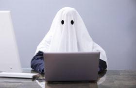 Spökskrivaren lever ett dolt liv