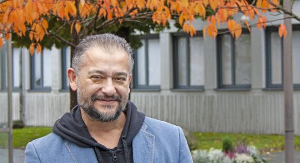 PROFIL –  Aktivist som vill visa en annan sida annan sida av romerna